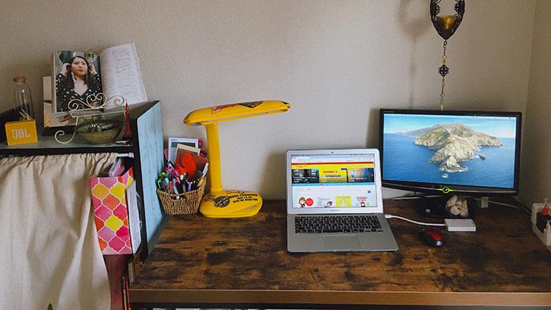 机まわりを素敵なものにしたい。