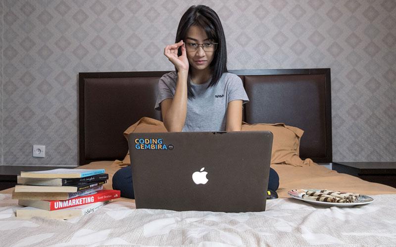 女の子がITやプログラミングに興味を持つためには?